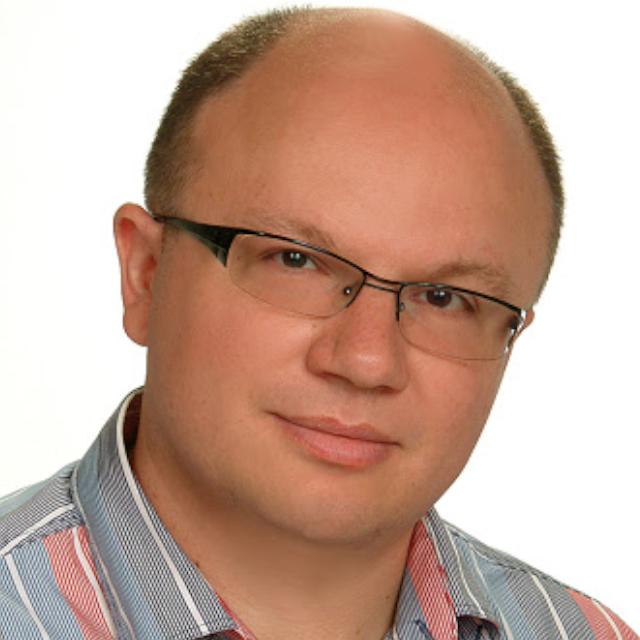 Dr. Csubák Krisztián